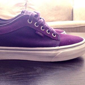 Unisex Purple Vans Chukka Low Skate Shoes